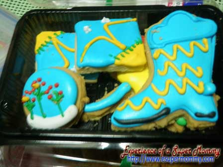 cookies with cute designs