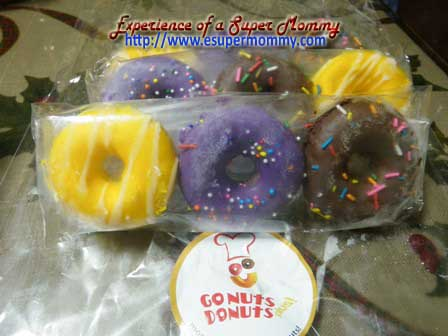 Go Nuts Donuts mini donuts