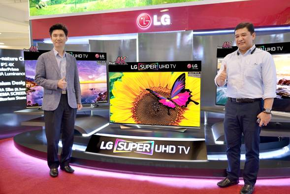 LG Philippines Home Entertainment Vice President Mr. Hoony Bae with LG Sales Head Mr. Anton Aguila